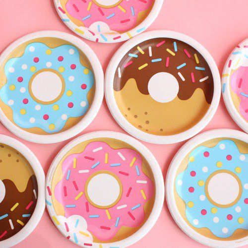 Sweeten up your donut birthday party with these donut party cake plates.