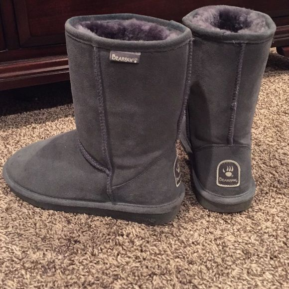 Grey bearpaw boots Brand new! Bearpaw Shoes Ankle Boots & Booties