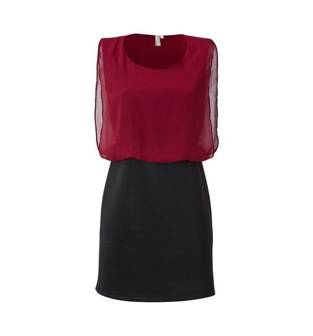 Deze bordeaux/zwarte jurk heeft een ronde halslijn. De mouwloze top is gevoerd met een zachte jersey voering, de bovenste laag is in dezelfde kleur in voile. De rok is nauw aansluitende van scuba.