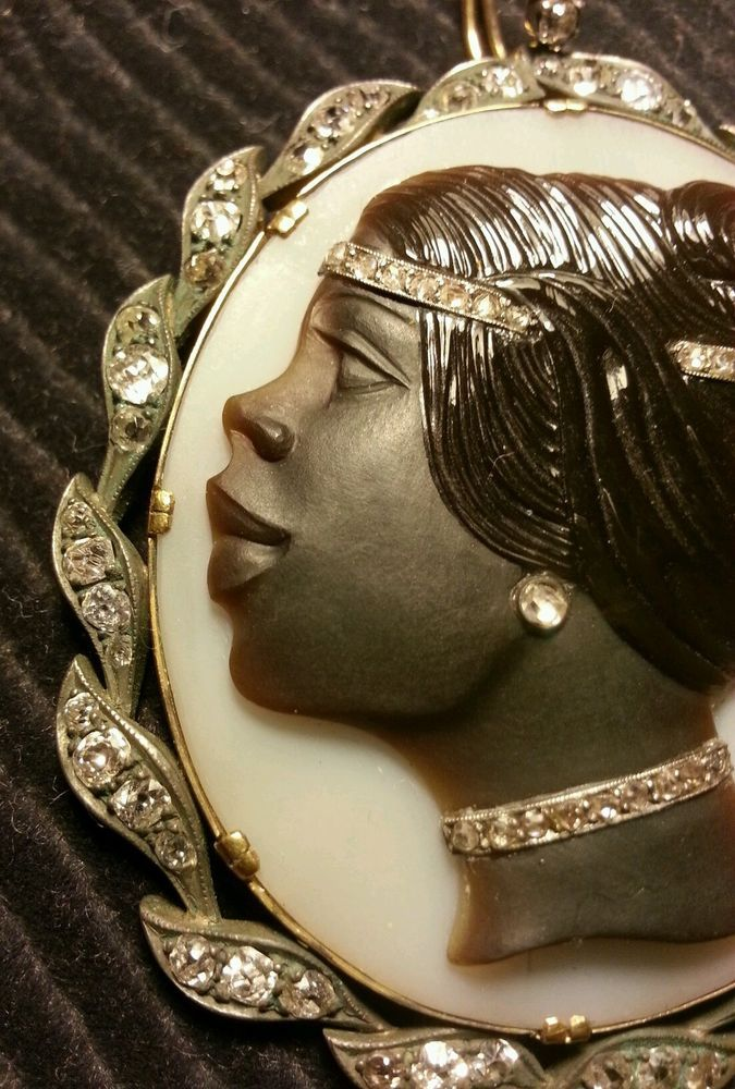 """Blackamoor"" Hardstone Cameo Diamond/Gold Brooch"