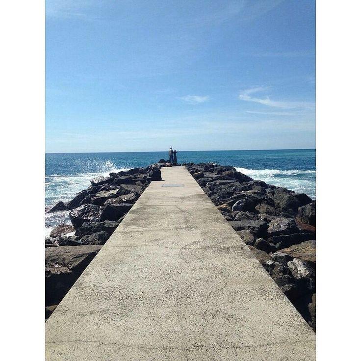 Levanto // #4 #mare#sea#levanto#blue#sky#skyporn#sun#sunshine#sunlight#nature#natura#naturelovers#nature_perfection#nature_shooters#naturalbeauty#landscape#landscapes#landscape_captures#captures#wonderful#beautiful#beautifulplace#beautifulday#l4l#april#summer#nofilter by ragazza_gangsta