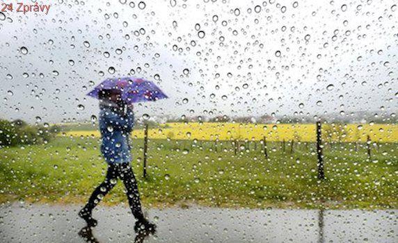 Přes den 22 °C, v noci mráz: Vrtkavé počasí přinese i déšť a bouřky