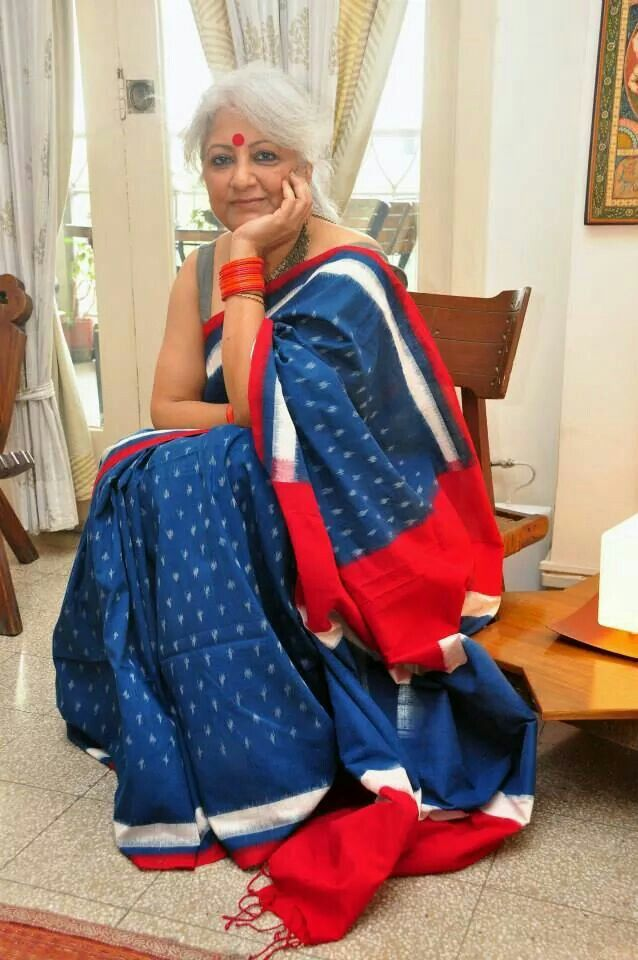 Classic red, blue and white Telia rumal cotton saree
