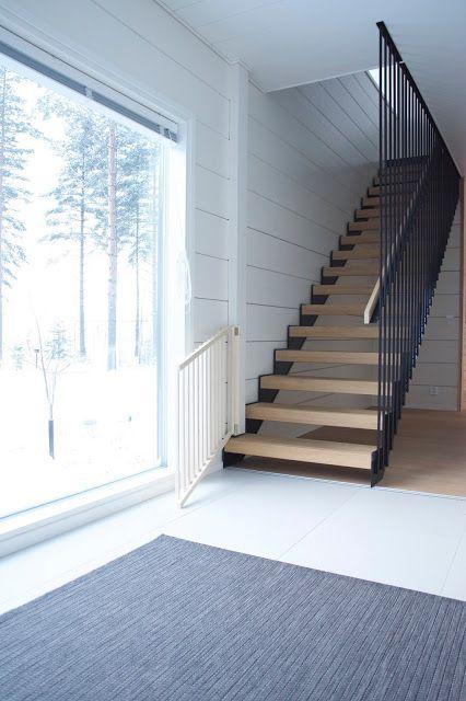Talo Markki - modern black stairs