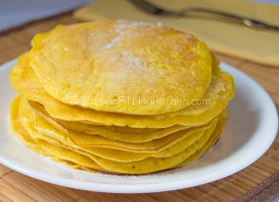 FILIPINO HOTCAKES   ==INGREDIENTS == 1 cup all-purpose flour ¼ t salt 1 t baking powder ¼ c white sugar + 1/8 cup for dusting 1 c milk 1 large egg 1 tbsp vegetable oil ¼ t yellow food color ¼ c butter or margarine ===========