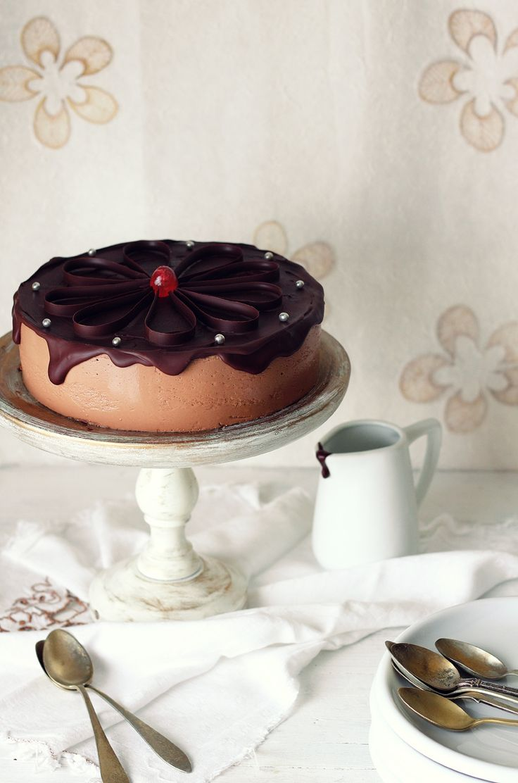 En la publicación de hoy, vamos a ver como podemos preparar una tarta digna de las mejores pastelerías con uno de los electrodomésticos ...
