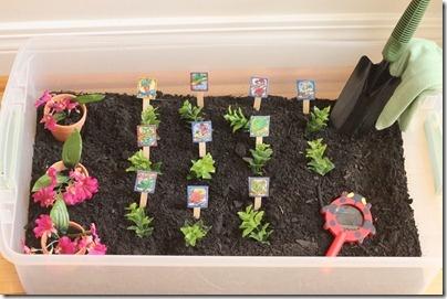 Garden sensory tub for #preschool #ece