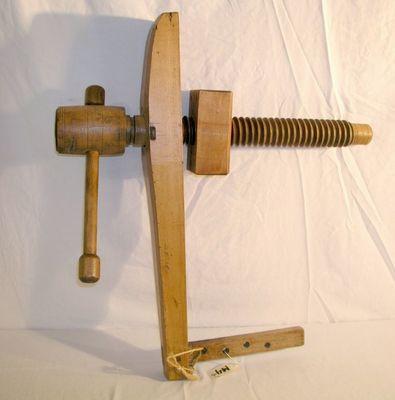 wooden carpenter's bench 1
