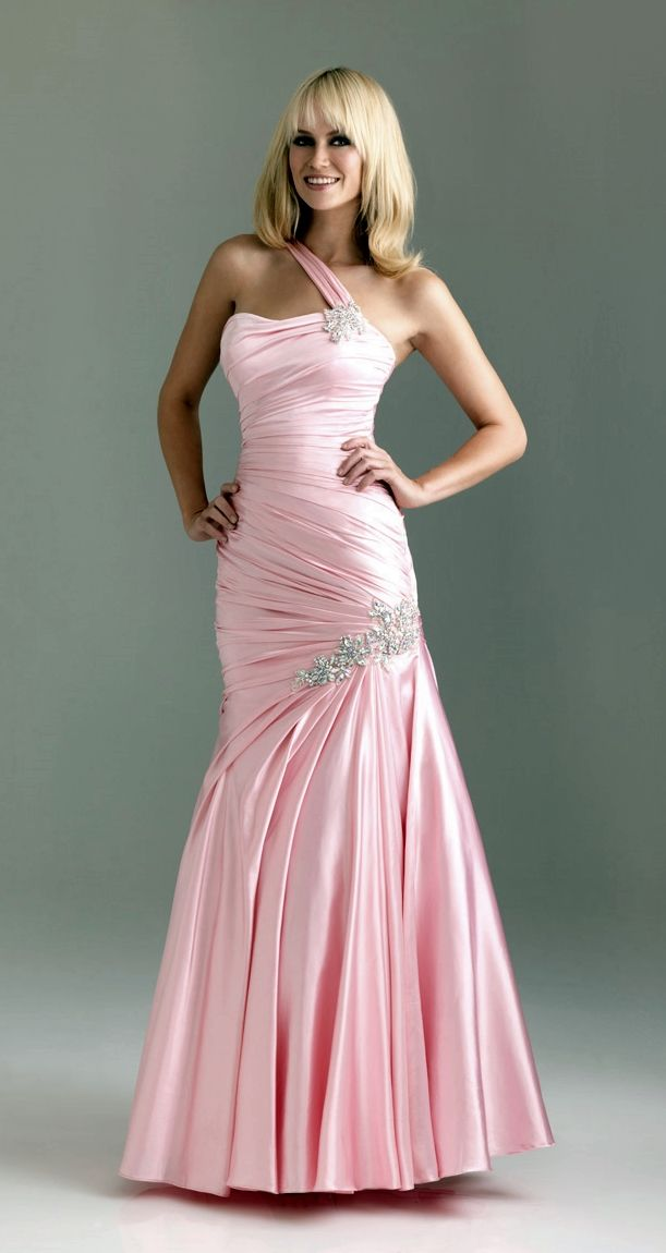 52 best Worst Prom Dresses images on Pinterest | Worst prom dresses ...