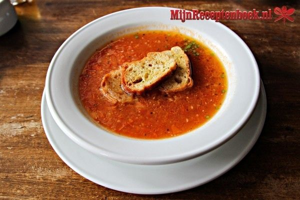 Paprika-roomsoep met gehakt recept