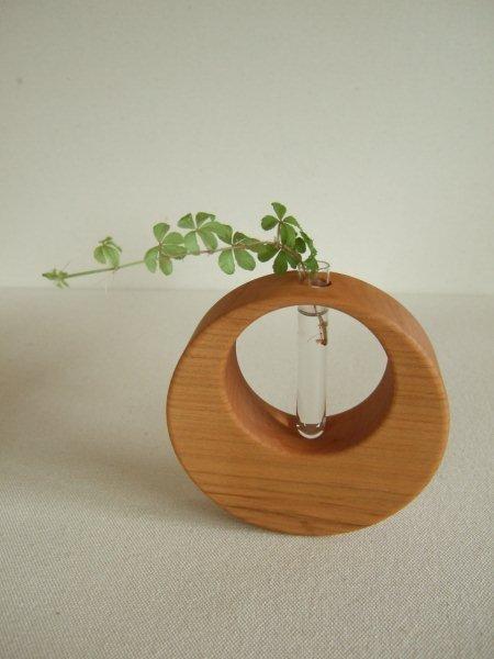 一輪挿し: single‐flower vase