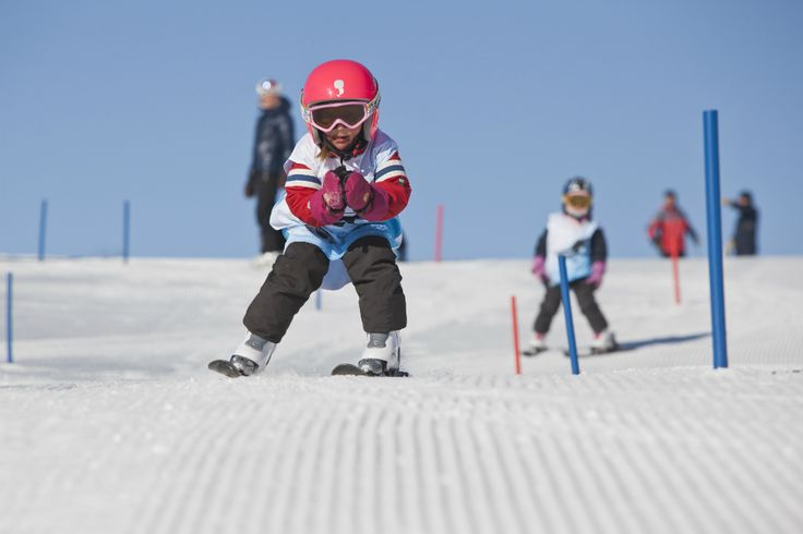 Skiskolen i Oslo Vinterpark - Oslo Vinterpark Ski & Snowboard skole - Onlineshop - infant lessons kids adults ski private