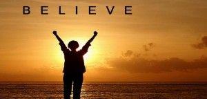 Apakah itu keyakinan? sinonimnya adalah kepercayaan, dan kalau di hubungkan dengan Tuhan kita menyebutnya Iman akan memberikan kekuatan menggapai kesuksesan