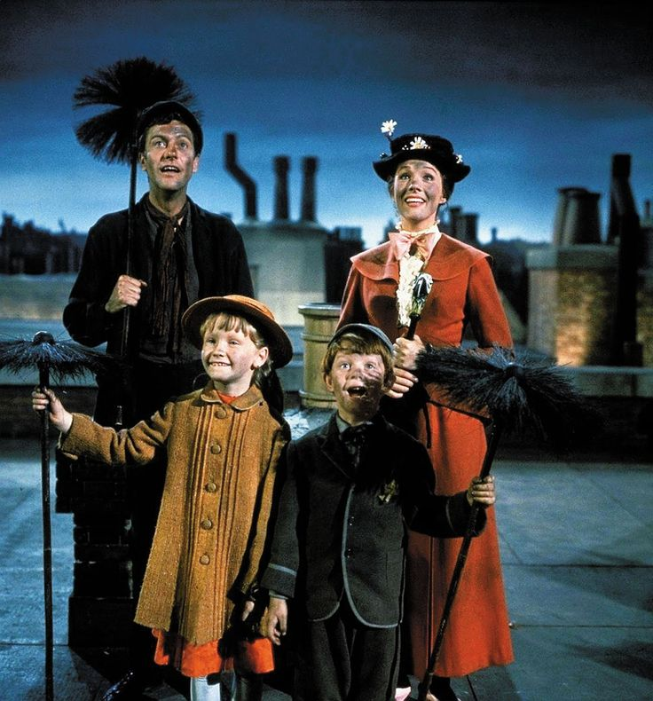 Dick Van Dyke, Julie Andrews, Karen Dotrice & Matthew Garber in Mary Poppins, 1964.