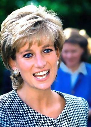 Princess Diana - still a great look almost 20 years later