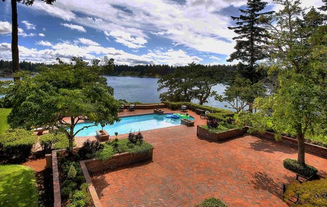 Historic Properties for Sale - Historically Significant Lakefront Estate For Sale - Seller Will Finance