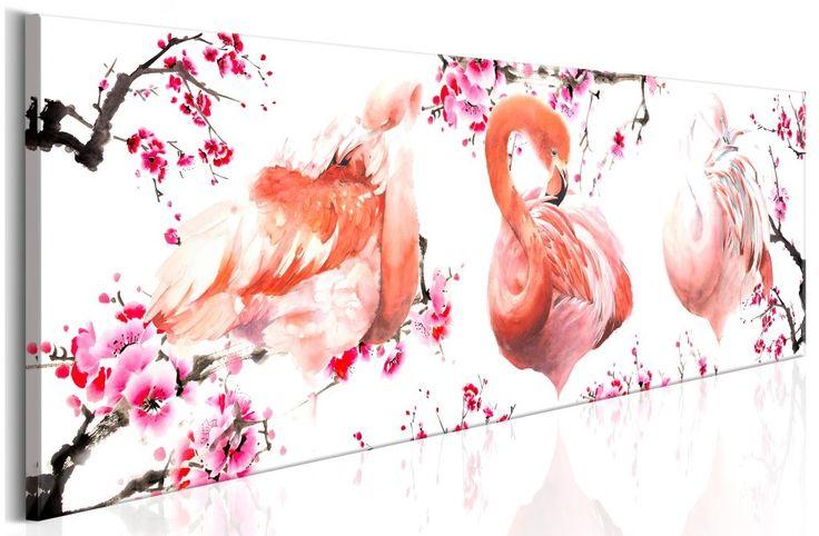 """Obraz na ścianę """"Ptasie piękno"""" z modnym motywem flamingów i kwiatów to dekoracja, która świetnie sprawdzi się w każdym wnętrzu: skandynawskim salonie, sypialni w motywy botaniczne czy pokoju dziecka. Sprawdź sam – obraz dostępny w trzech różnych wersjach kolorystycznych!"""