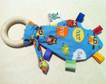 Crinkly Leaf Taggie Teether for Baby Sewing Pattern - PDF format - Great Beginners project - Introductory Price