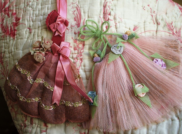 Vintage lavender sachetsPhotos, Vintage Sachets, Vintage Lavender, Lavender Sachets, Flower Lavender, Vintage Cottages, Baby Ideas, Pools, Crafts