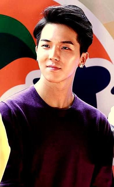 Song Minho (Winner at Fanta Event)