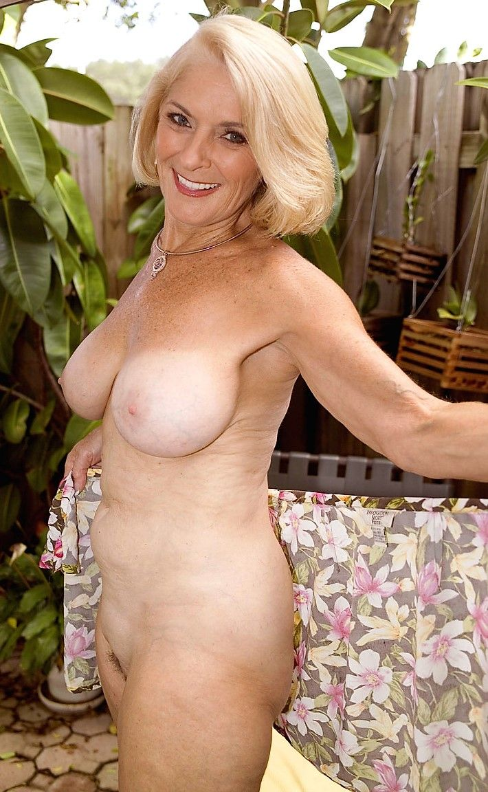 The 139 Best Milfs Images On Pinterest  Nude, Beleza And-8393