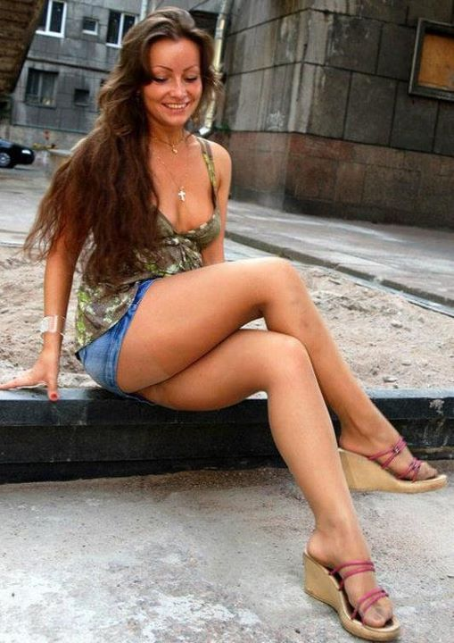 Saucy brunette in leopard print masturbates on the staircase 2