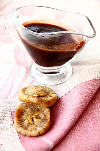 Соус из красного вина и инжира - elaizik.ru