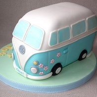 VW Camper Van Cake.. if you can't have one.. eat one