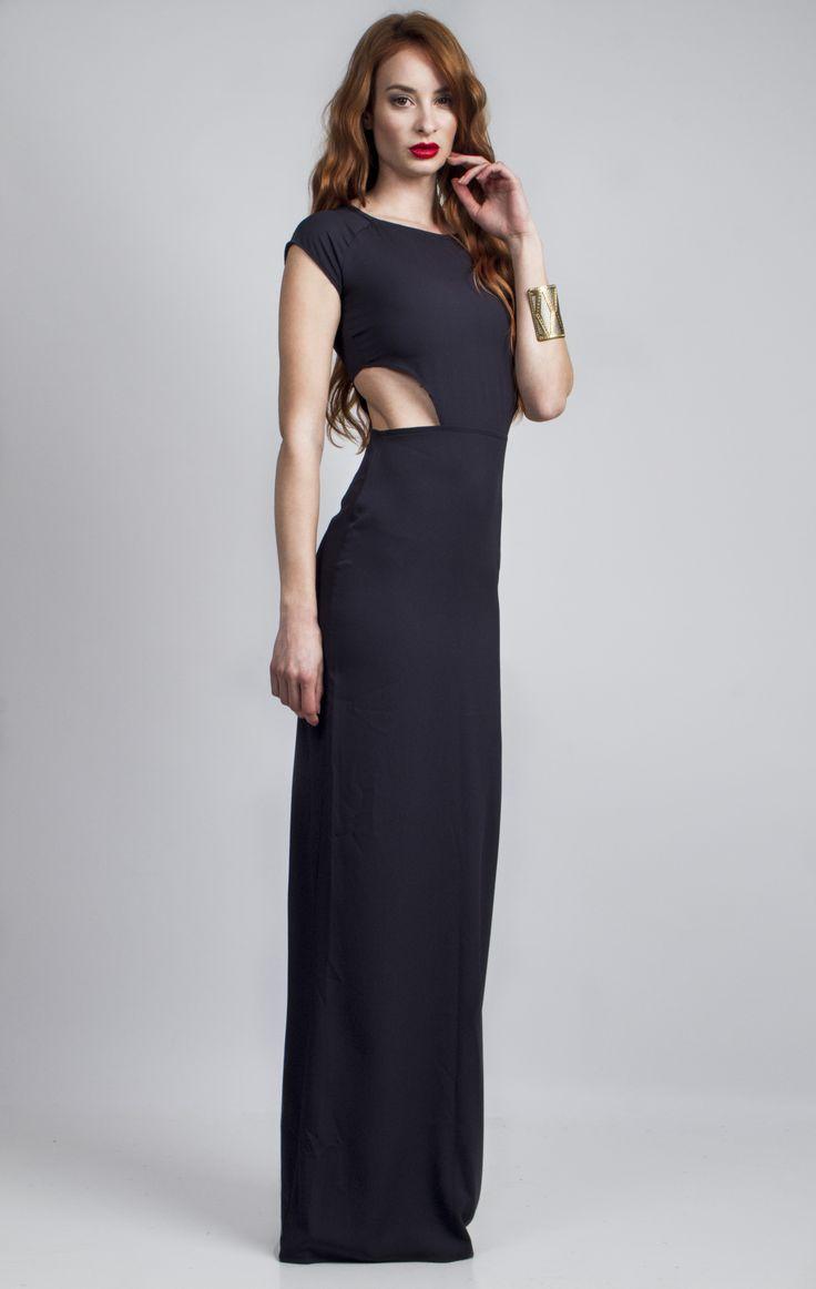 Christine&Joee designs a simple & elegant maxi dress