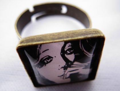 Nowhere girl ring
