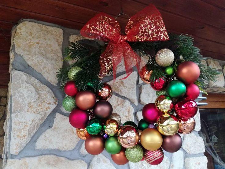 2016 Vianočný veniec z vianočných gúľ II.