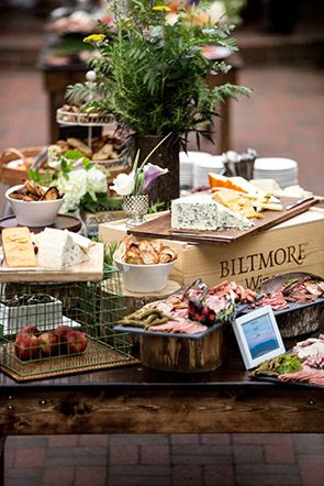 17 best ideas about catering food displays on pinterest for Casa jardin buffet
