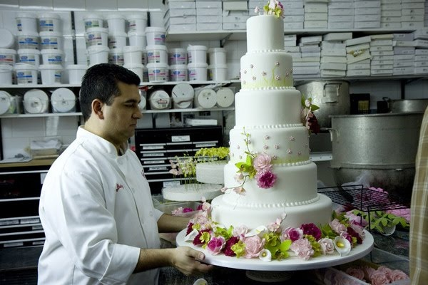 Love his spring looking floral cakes.