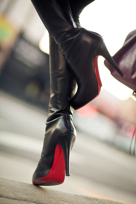 "Ooh la la! These red-soled Christian Louboutin black boots are the epitome of ""sexy cool!"" We want!  Pink Pad - the app for women - pinkp.ad"