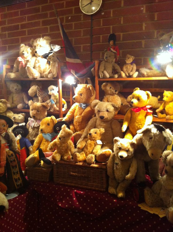 Wonderful display of Antique Teddy bears for sale at Hugglets teddy bear fest (Kensngton Town hall 2014)