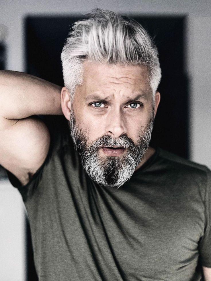 Model Graue Haare