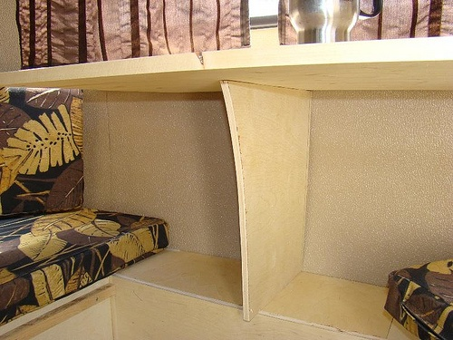 Cantilever table support, boler interior.