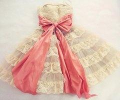 preeeety:)Flower Girls Dresses, Princesses Dresses, Betseyjohnson, Vintage Lace, Pink Ribbons, Pink Bows, Betsey Johnson, Big Bows, Lace Dresses