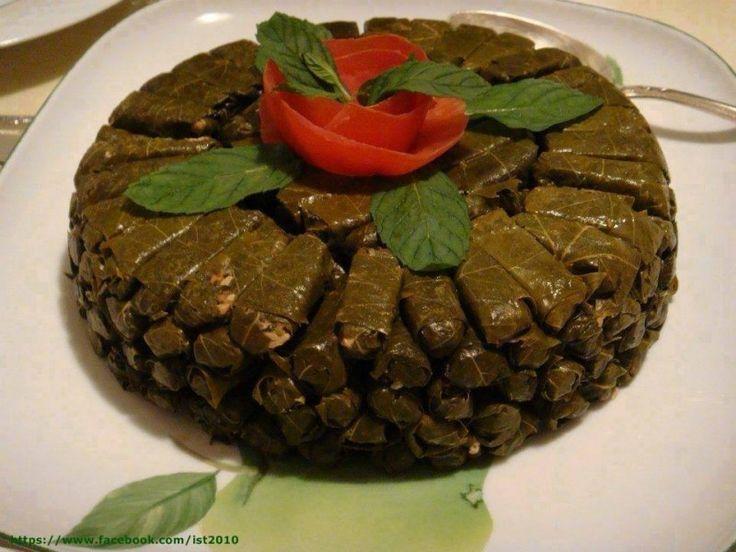 Ντολμαδάκια από την Κωνσταντία την Σμυρνιά. Τι χρειαζόμαστε: 250 γρ. αμπελόφυλλα(μικρά και τρυφερά) 1 ματσάκι φρέσκα...