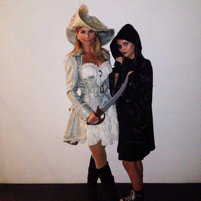 Pin for Later: Throwback Thursday Édition Spéciale Célébrités en Costumes d'Halloween Lori Loughlin