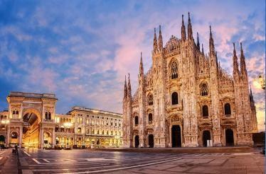 Esplora il Duomo di Milano a porte chiuse: Milano, Italia   Tours ...