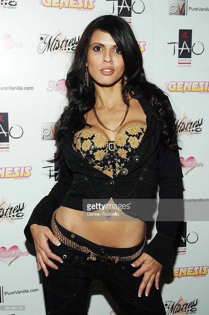 Shy Love During Tera Patricks 2nd Annual Las Vegas Diva Party Debut Fashion Show Arrivals At Tao Nightclub At The Venetian Hotel And Casino Resort At