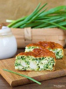 Фото рецепта «Пирог с зеленым луком, курицей и сырной корочкой»