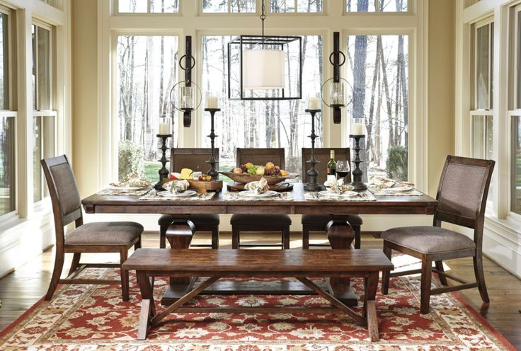 Windville Dining Room Set