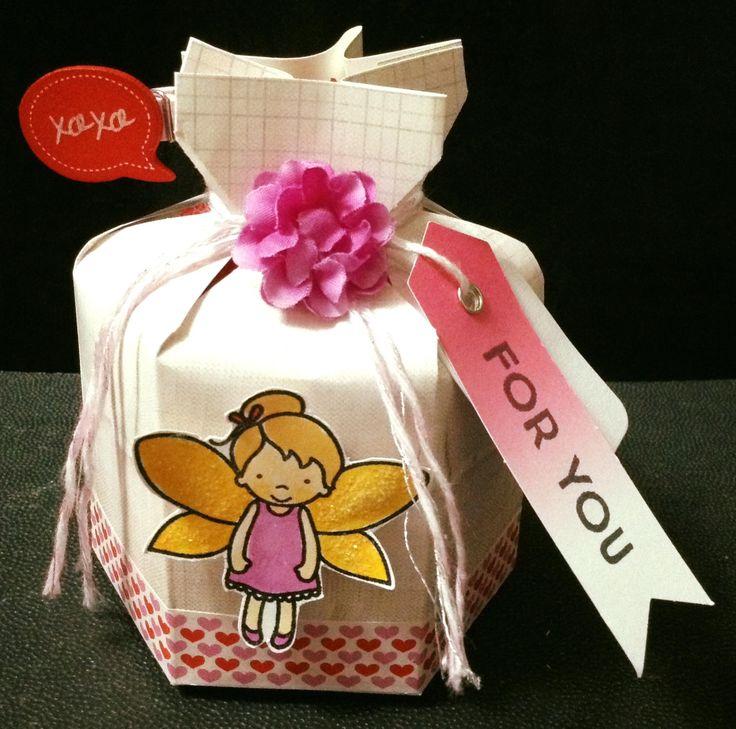 Valentines treat holder
