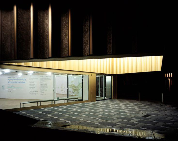 09Hélène Binet_carusostjohn Nottingham Contemporary inkom verlichting luifel Caruso StJohn