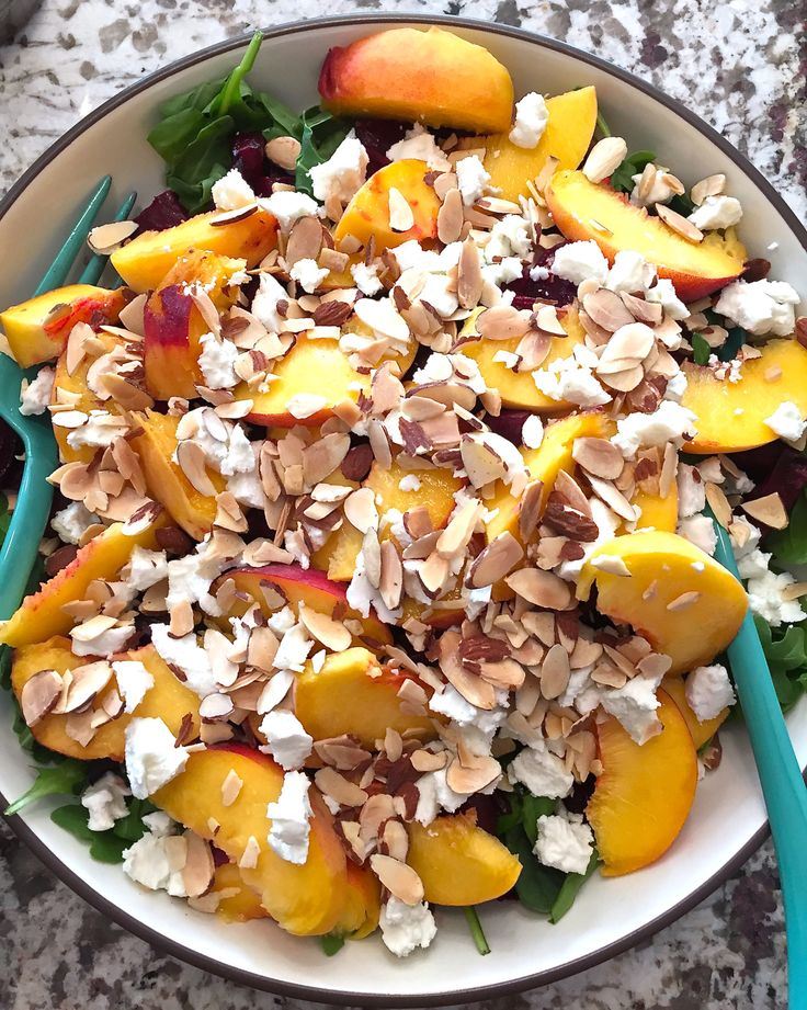 Peach and roasted beet salad @fitlessflavor