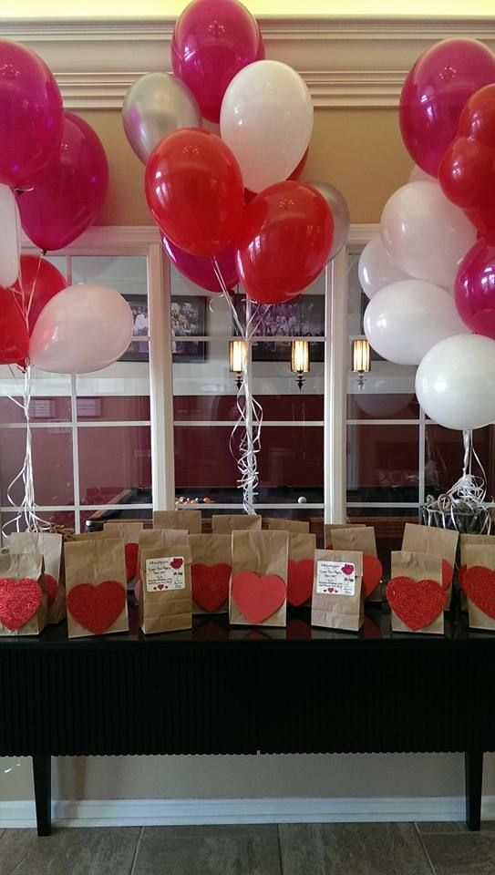 Spreading the love at Fairfield Pointe! Residents enjoyed a surprise breakfast on their way to work on Valentine's Day. #FathProperties #LoveThePlaceYouLive http://www.Facebook.com/FairfieldPointe