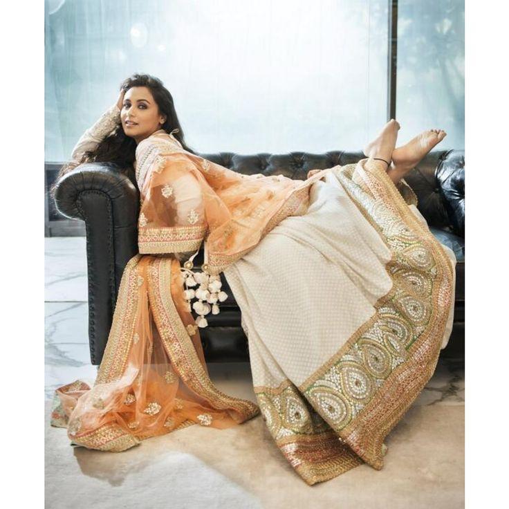 Bollywood Replica Designer Lehenga. Buy Online @ http://trendzila.com/home/410-rani-mukherjee-designer-lehenga.html