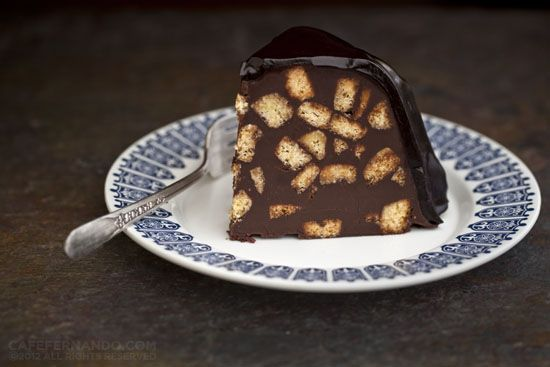 Decadent no-bake chocolate biscuit cake - one of the cakes served at the last royal wedding.